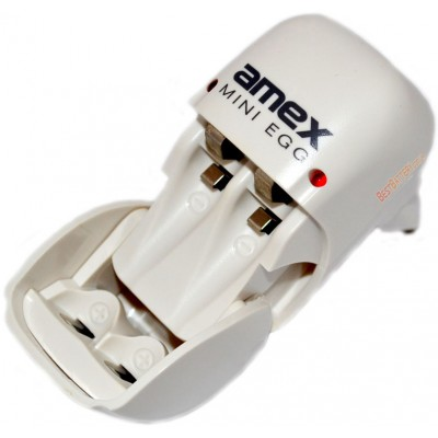 Зарядное устройство Amex Mini Egg на 2 аккумулятора (АА/ААА). Заряжает Ni-Mh и Ni-Cd.