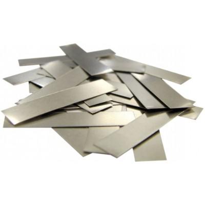 Никелевые лепестки для наварки на аккумуляторы. Толщина - 0,1 мм, ширина - 6 мм, длинна - 25 мм.