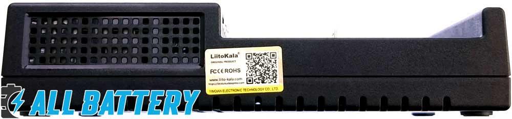 Зарядное устройство Liitokala Lii-M4 фирменная наклейка с QR кодом.