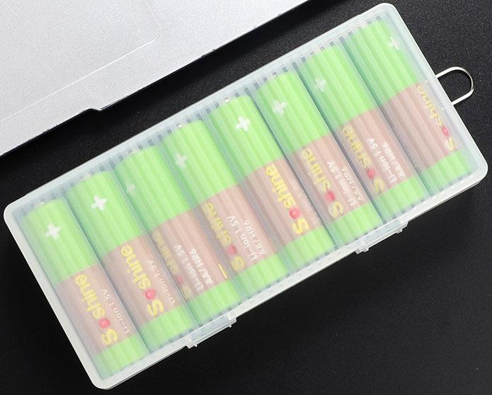 Li-Ion пальчиковые аккумуляторы с рабочим напряжением 1.5В.