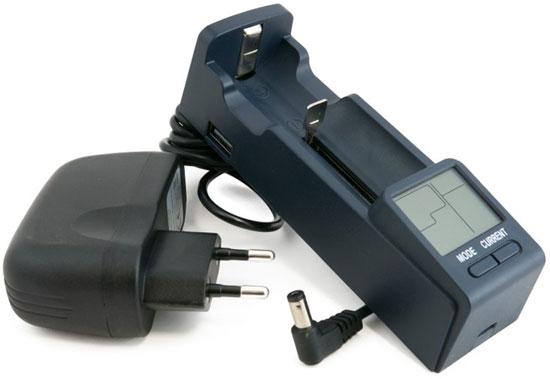 Extradigital BTC10 - универсальное зарядное устройство для Li-ion, Ni-Mh/Ni-Cd и LiFePO4 аккумуляторов