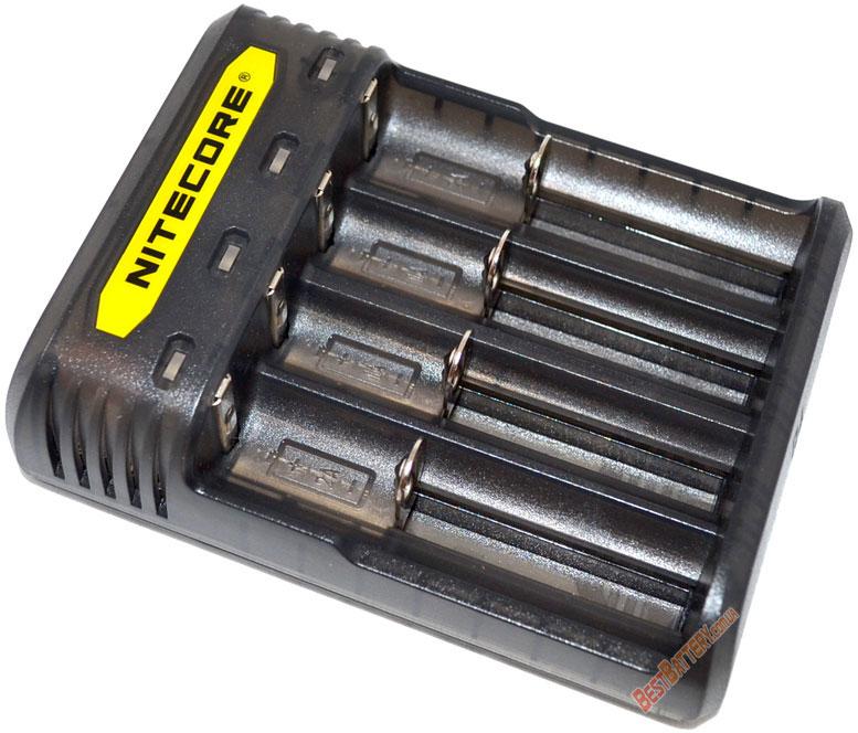 Особенности зарядного устройства Nitecore Q4 black (черный).