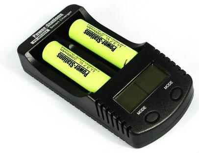 Power Stations PS-MC204 - универсальное зарядное устройство для Ni-Mh/Ni-Cd/Li-Ion аккумуляторов с функцией Power Bank.